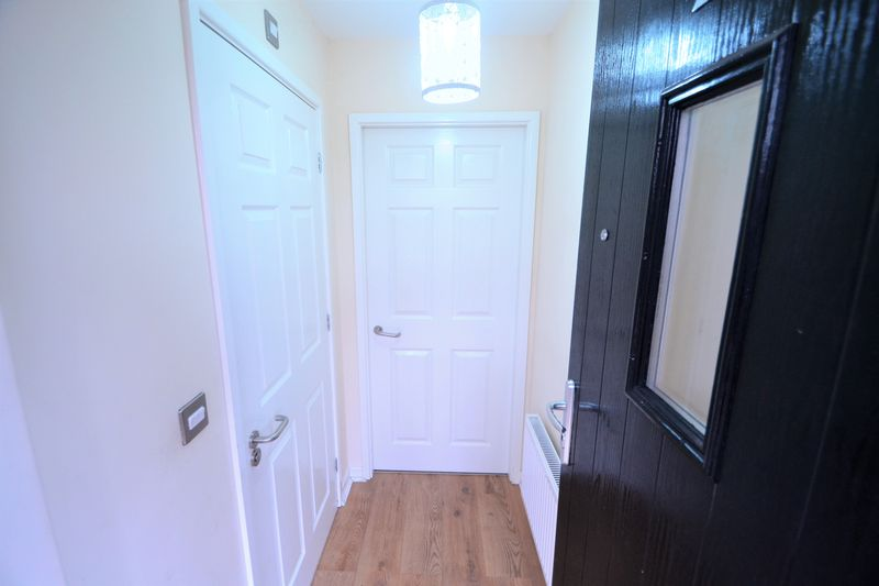 3 Bedroom End Terrace House To Rent - Photo 15