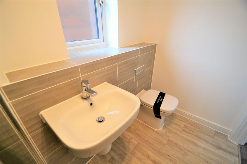 3 Bedroom Semi Detached House To Rent - Photo 16