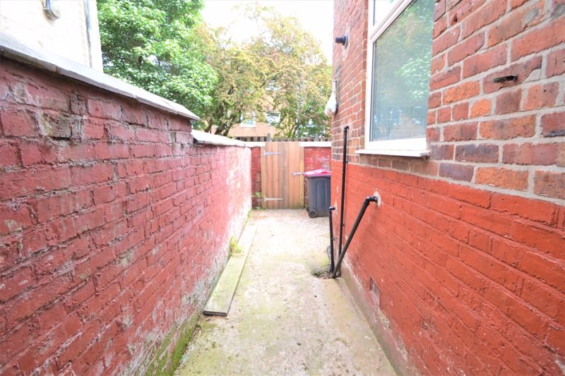 3 Bedroom Terraced House For Sale - Photo 22