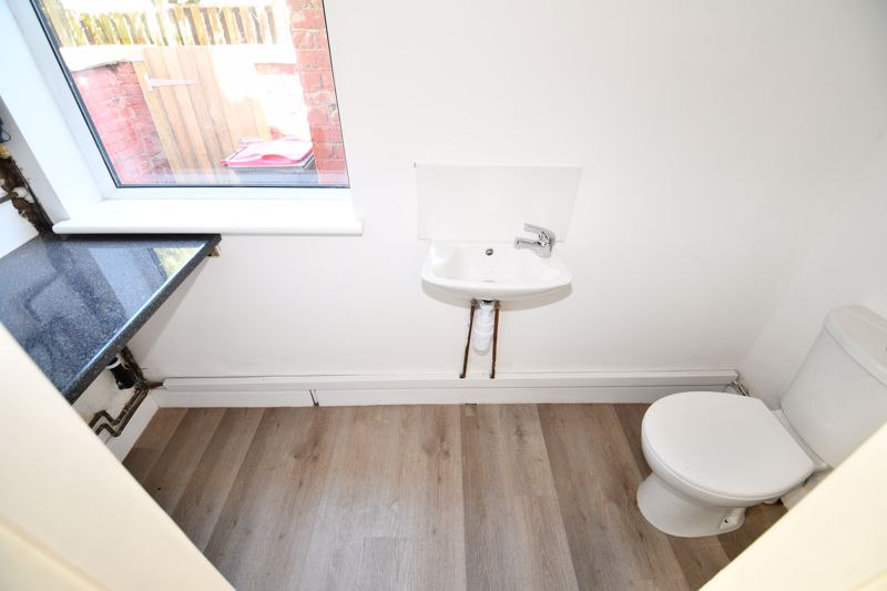 3 Bedroom Terraced House For Sale - Photo 27