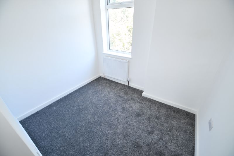 3 Bedroom Terraced House For Sale - Photo 30