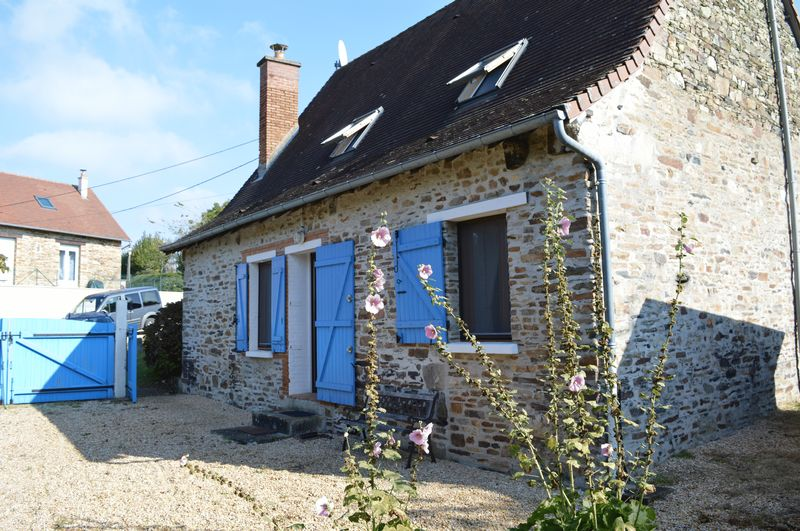 Enchanting 3 bed stone cottage fully renovated to high quality finish