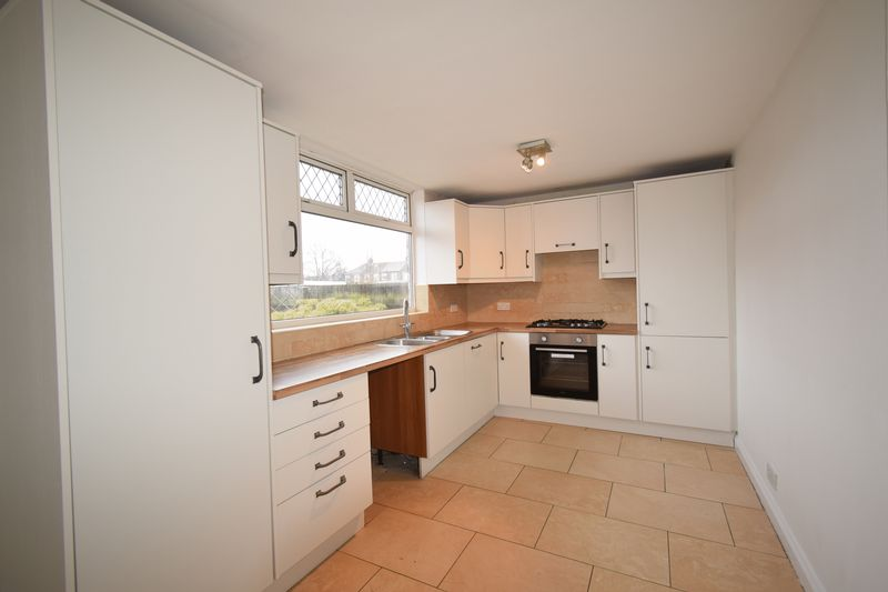 Pendeen Grove, , Hull, East Riding of Yorkshire, HU8 8HY - Photo 2