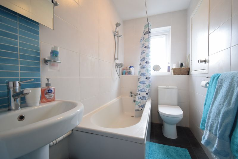 Howdale Road, , Hull, East Riding Of Yorkshire, HU8 9JZ - Photo 5