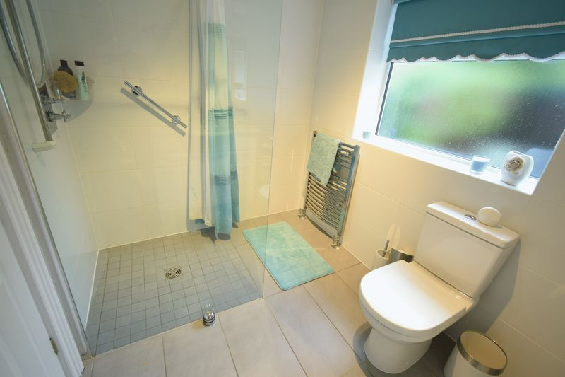 Ashgate Road, Willerby, Hull, East Riding Of Yorkshire, HU10 6HH - Photo 4