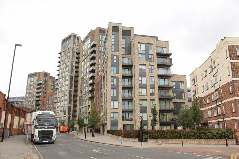 Rainier Apartments, East Croydon