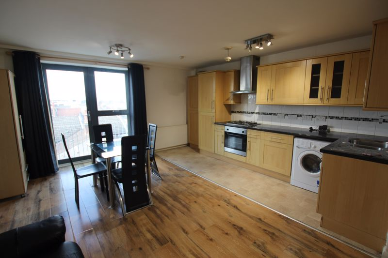 One Bedroom Flat to Rent in Forest Gate - E7