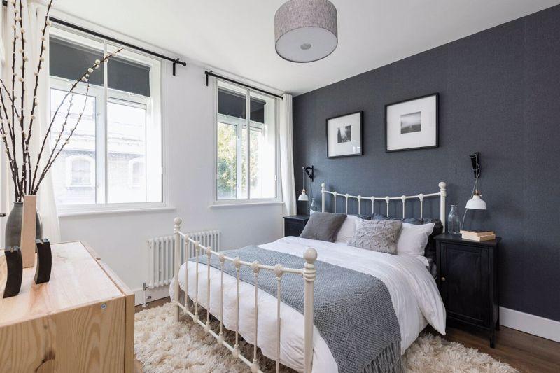 En Suite Double Bedroom- 2 Bedroom Flat Share