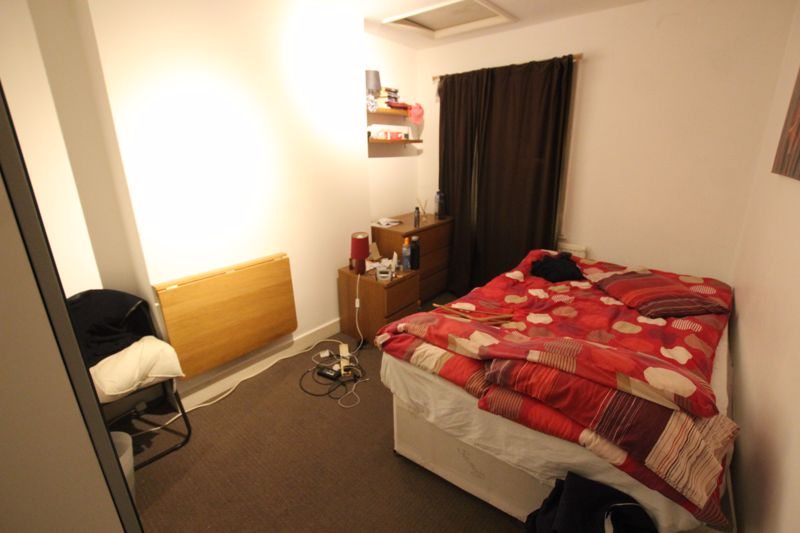 Double Room in House Share - SE16